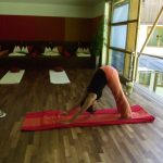 Fabiane Daberer als Yoga-Lehrerin