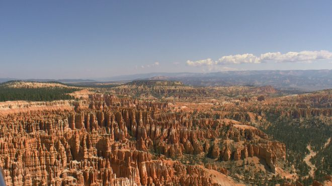 Der Bryce Canyon mit seinen roten Hoodoos