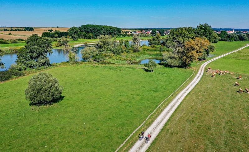 Radeln-entlang-der-Donau-Auen-©bayerisches-golfundthermenland, Carolin Thiersch